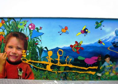 5 Espejo de colores, 13 x 5 m, acrilico sobre cemento, Xalapa, Veracruz, 2009