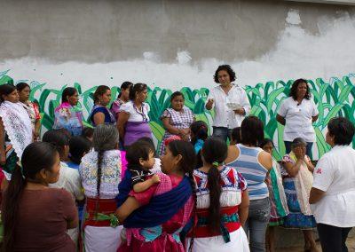 021 Mural colectivo La mano vuelta a la salud, Filomeno Mata, Veracruz
