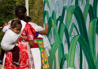 026 Mural colectivo La mano vuelta a la salud, Filomeno Mata, Veracruz